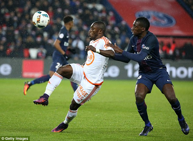 West Ham, West Brom and Burnley jostling for Abdul Majeed Waris