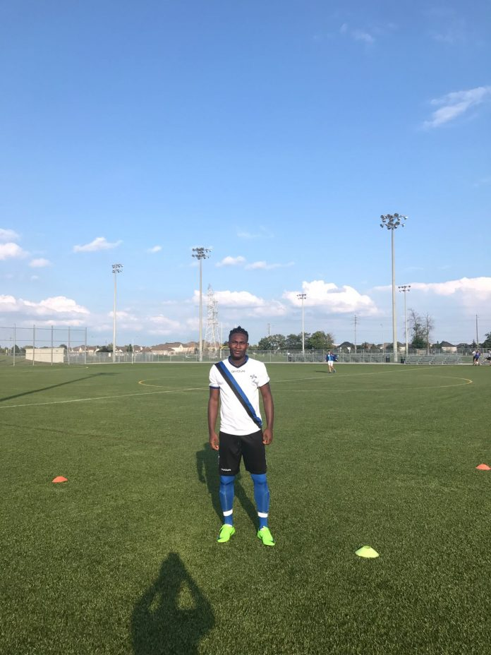 Ghanaian youngster Sani Dey signs first professional contract with Burlington SC